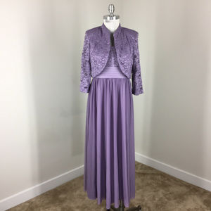 R&M Richards 8 Purple Lace Formal Gown Evening